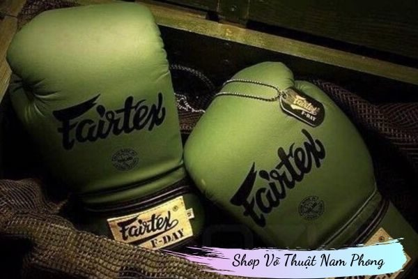 Găng tay boxing FAIRTEX
